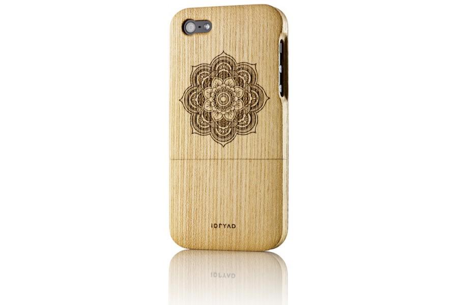 solid wood case for iphone 5s elm idryad. Black Bedroom Furniture Sets. Home Design Ideas